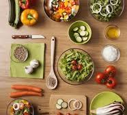 پاورپوینت بررسی اهمیت كنترل مواد غذایی در سطح عرضه و برنامه های آینده
